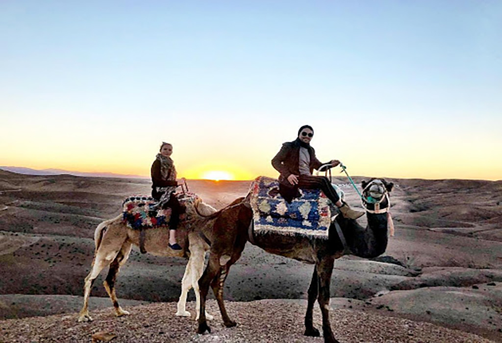 camels-ride-agafay-sunset-beautiful-view
