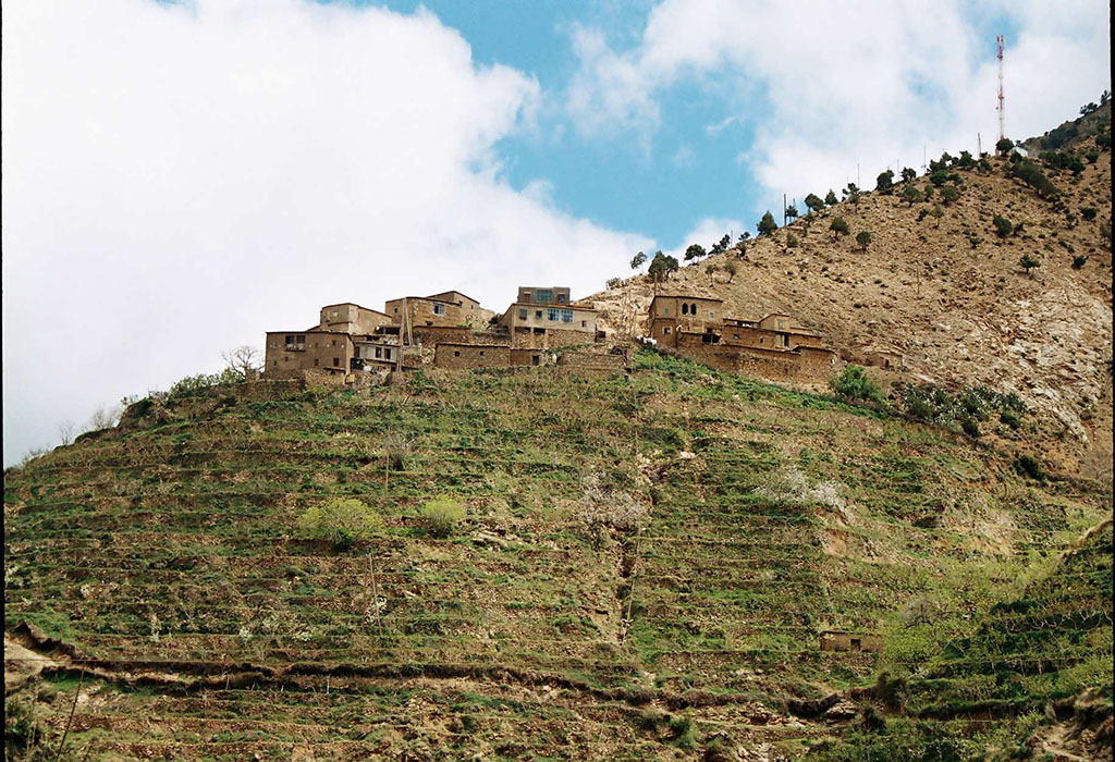Atlas-mountains-and-desert-of-agafay