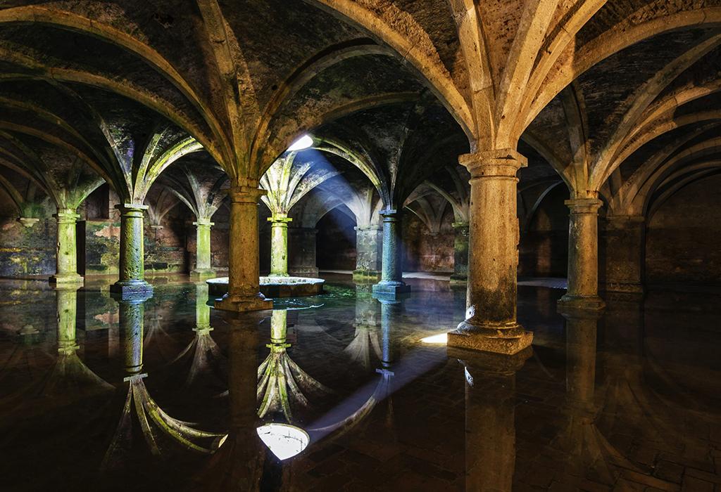 Portuguese-Cistern
