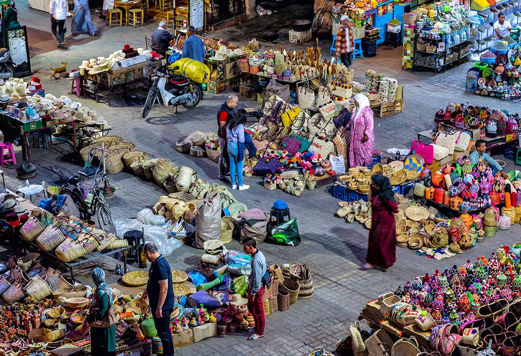 carpet-souk-market- Traditionally-open-air